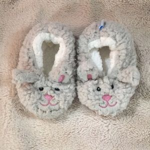 Snoozies bunny slippers